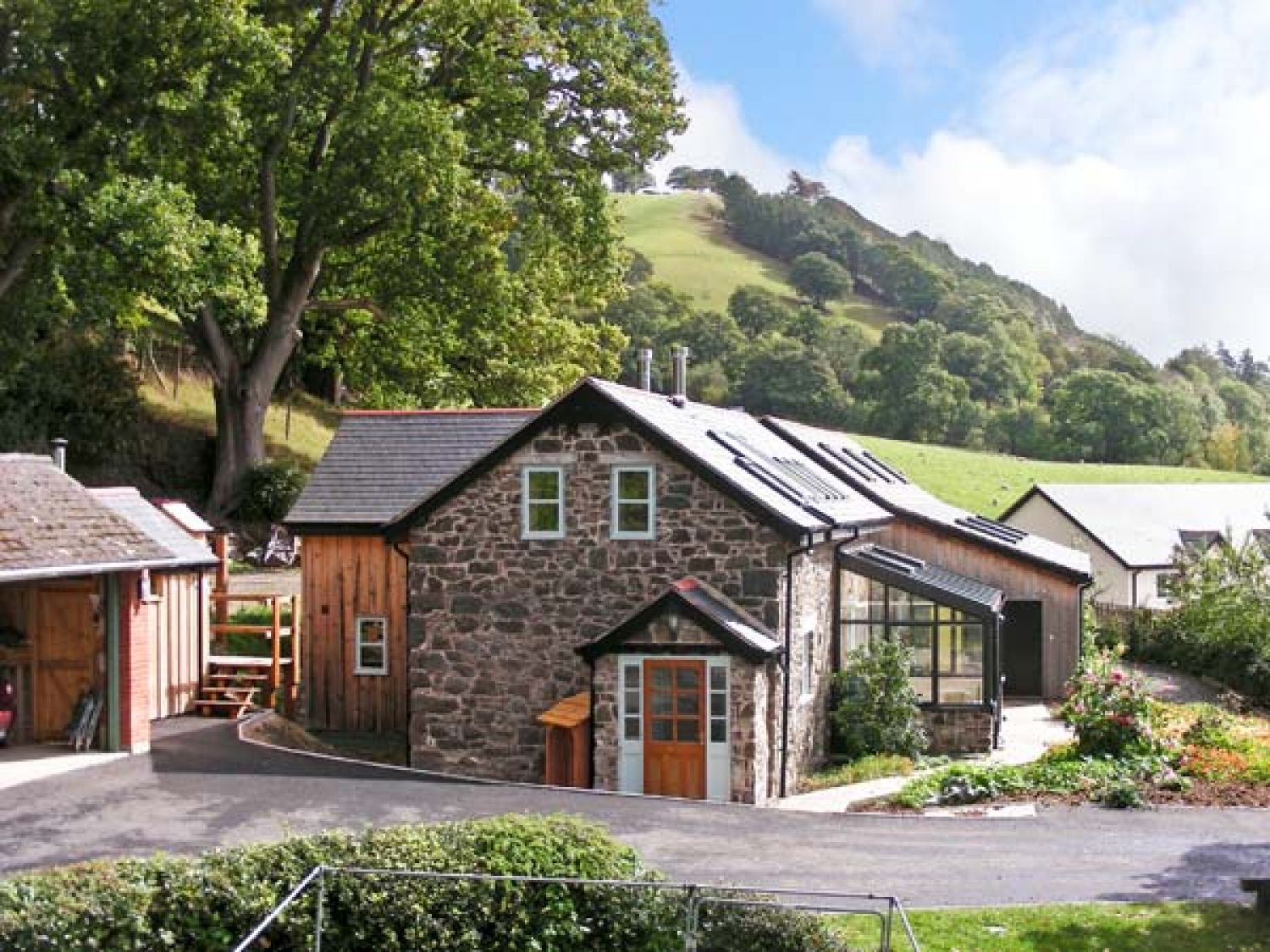 cottage meifod rental in beacons wales cottages brecon mid to rent