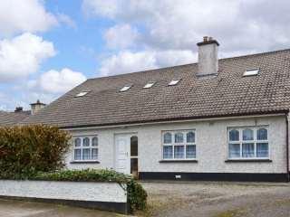 2 bedroom Cottage for rent in Ballina