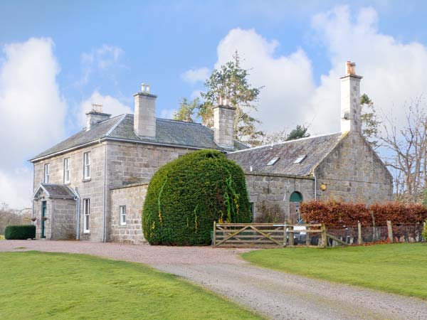 7 bedroom Cottage for rent in Dulnain Bridge