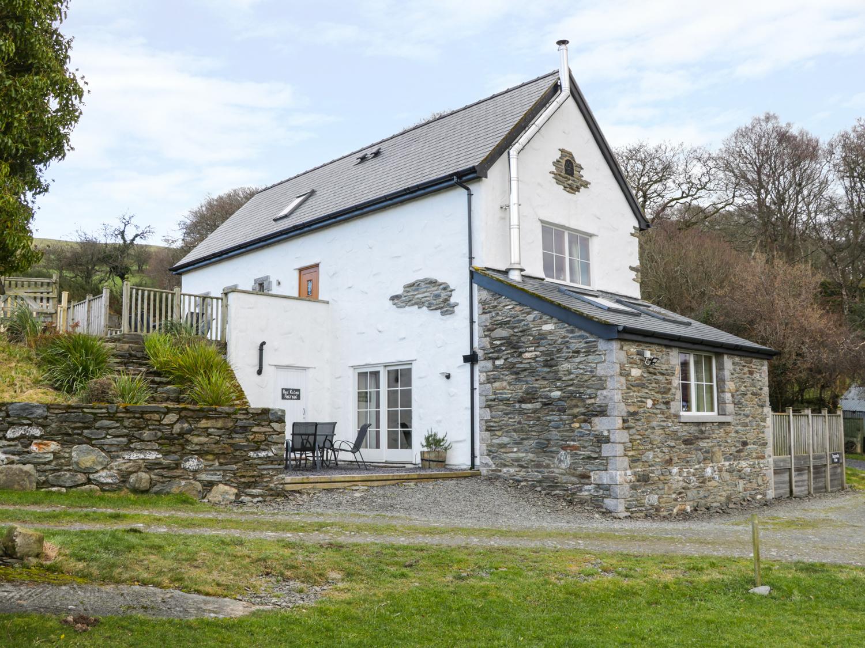 3 bedroom Cottage for rent in Eglwysbach