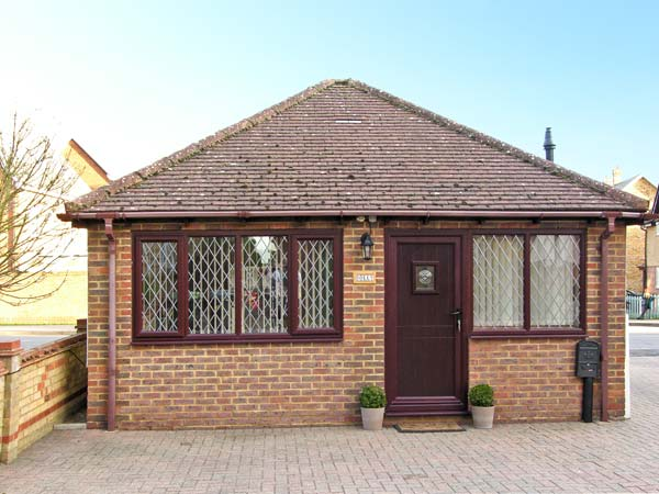 1 bedroom Cottage for rent in Bedford