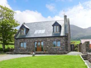 4 bedroom Cottage for rent in Castlegregory
