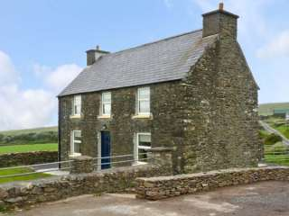 4 bedroom Cottage for rent in Ballydavid