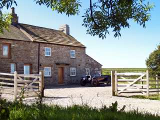 4 bedroom Cottage for rent in Bentham