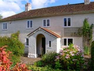 5 bedroom Cottage for rent in Dorchester