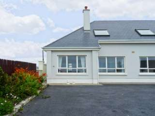 1 bedroom Cottage for rent in Lahinch