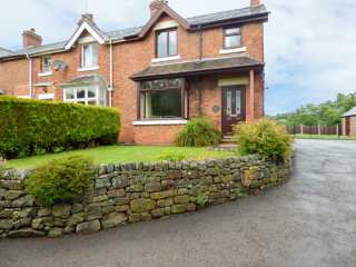 3 bedroom Cottage for rent in Stoke-on-Trent