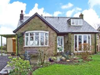 3 bedroom Cottage for rent in Marple