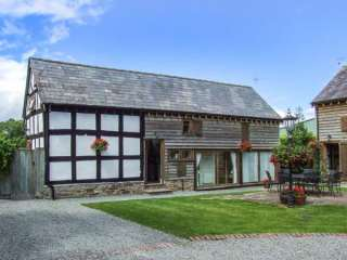 3 bedroom Cottage for rent in Leominster