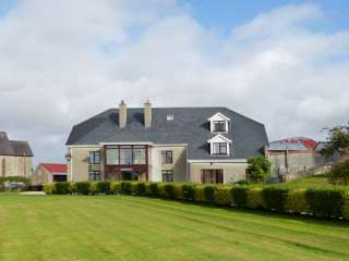 5 bedroom Cottage for rent in Enniscorthy