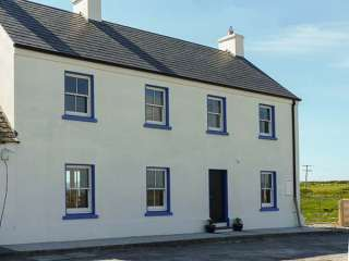 3 bedroom Cottage for rent in Carrigaholt