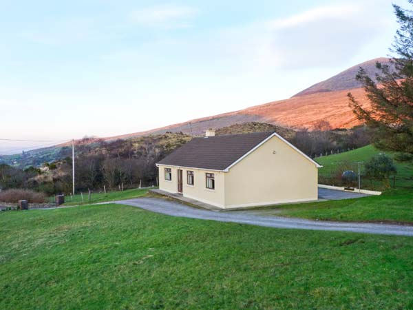 3 bedroom Cottage for rent in Glencar