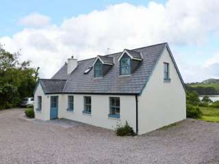 4 bedroom Cottage for rent in Skibbereen