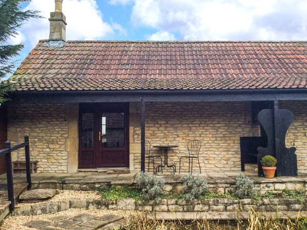1 bedroom Cottage for rent in Hinton