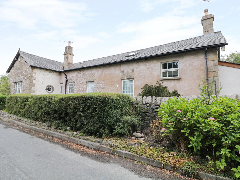 2 bedroom Cottage for rent in Crooklands