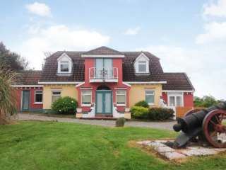 5 bedroom Cottage for rent in Rosslare Harbour