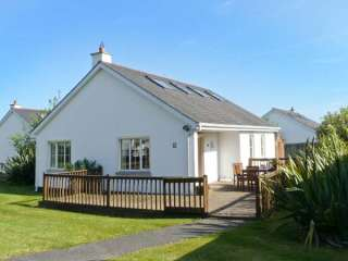 4 bedroom Cottage for rent in Brittas Bay