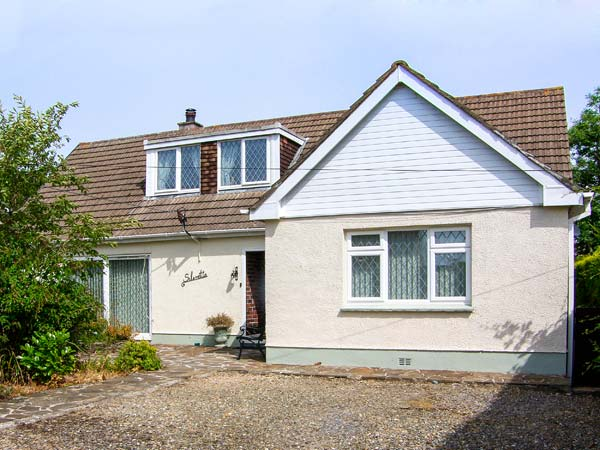 5 bedroom Cottage for rent in Amroth