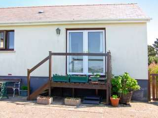 1 bedroom Cottage for rent in Pembroke