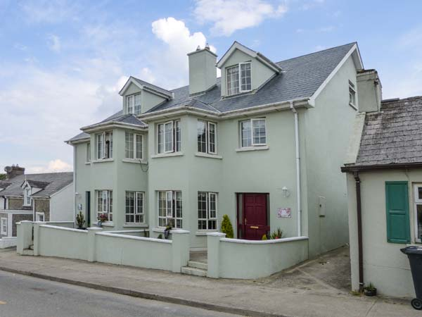 4 bedroom Cottage for rent in Duncannon
