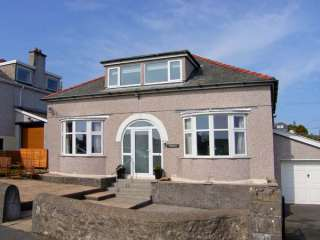 5 bedroom Cottage for rent in Benllech