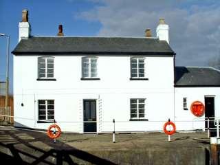 3 bedroom Cottage for rent in Gloucester