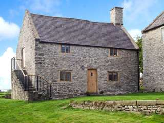 1 bedroom Cottage for rent in Caerwys