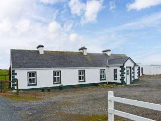 3 bedroom Cottage for rent in Dromore West