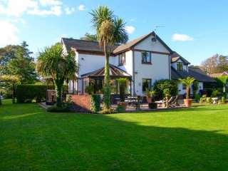 7 bedroom Cottage for rent in Pembroke
