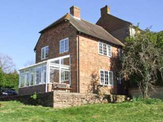 2 bedroom Cottage for rent in Aylesbury