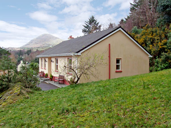 3 bedroom Cottage for rent in Lauragh