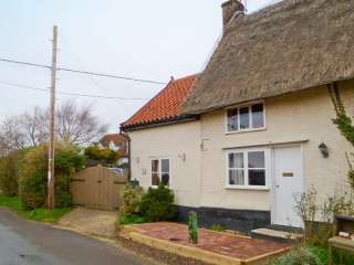 3 bedroom Cottage for rent in Pulham Market