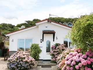3 bedroom Cottage for rent in Westward Ho