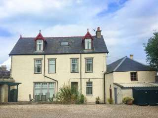 6 bedroom Cottage for rent in Cullen