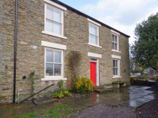 5 bedroom Cottage for rent in Durham