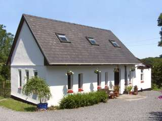 3 bedroom Cottage for rent in Carmarthen