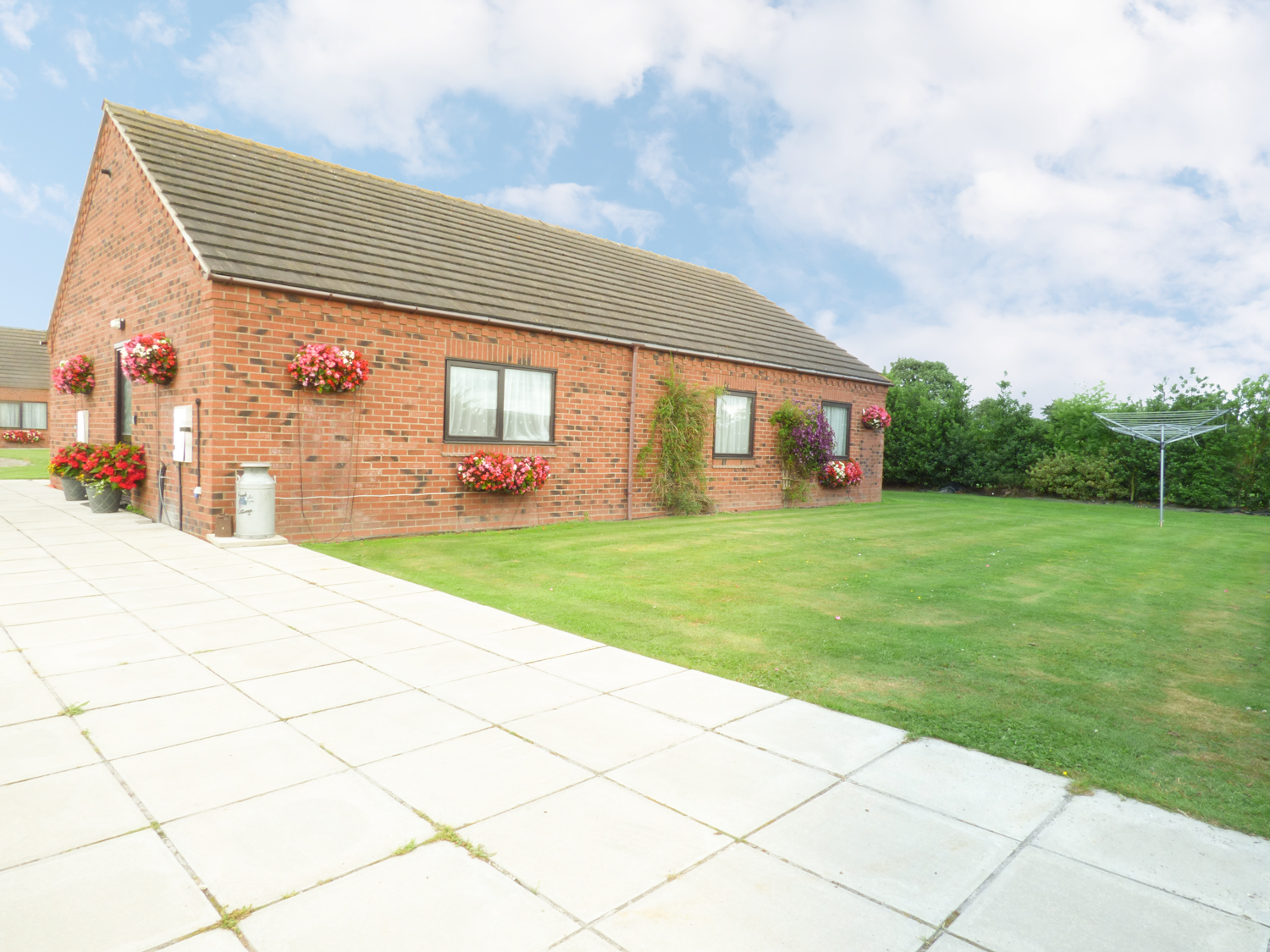 3 bedroom Cottage for rent in Riccall