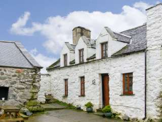 3 bedroom Cottage for rent in Harlech