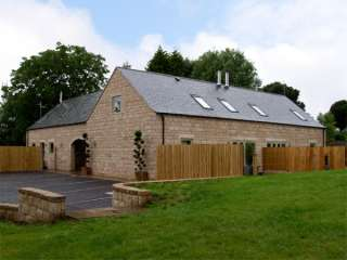 4 bedroom Cottage for rent in Stoke-on-Trent
