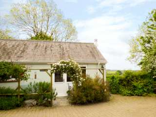 2 bedroom Cottage for rent in Haverfordwest