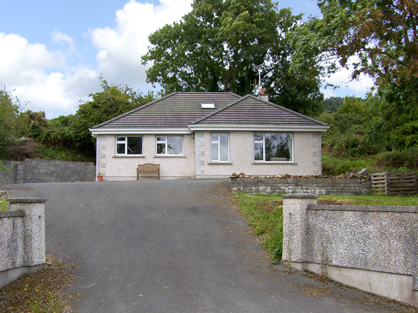 3 bedroom Cottage for rent in Gorey