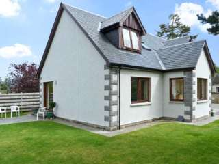 3 bedroom Cottage for rent in Dulnain Bridge