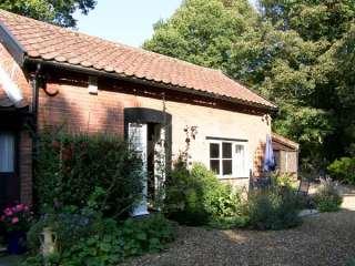 2 bedroom Cottage for rent in Woodbridge