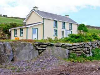 2 bedroom Cottage for rent in Glengarriff