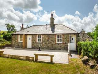 3 bedroom Cottage for rent in Llangefni