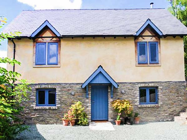 5 bedroom Cottage for rent in Kington