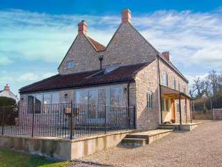5 bedroom Cottage for rent in Wells