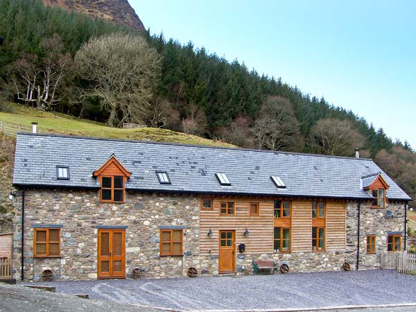 5 bedroom Cottage for rent in Llangynog