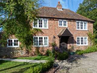 4 bedroom Cottage for rent in Ashford, Kent