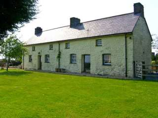 3 bedroom Cottage for rent in Pembrey